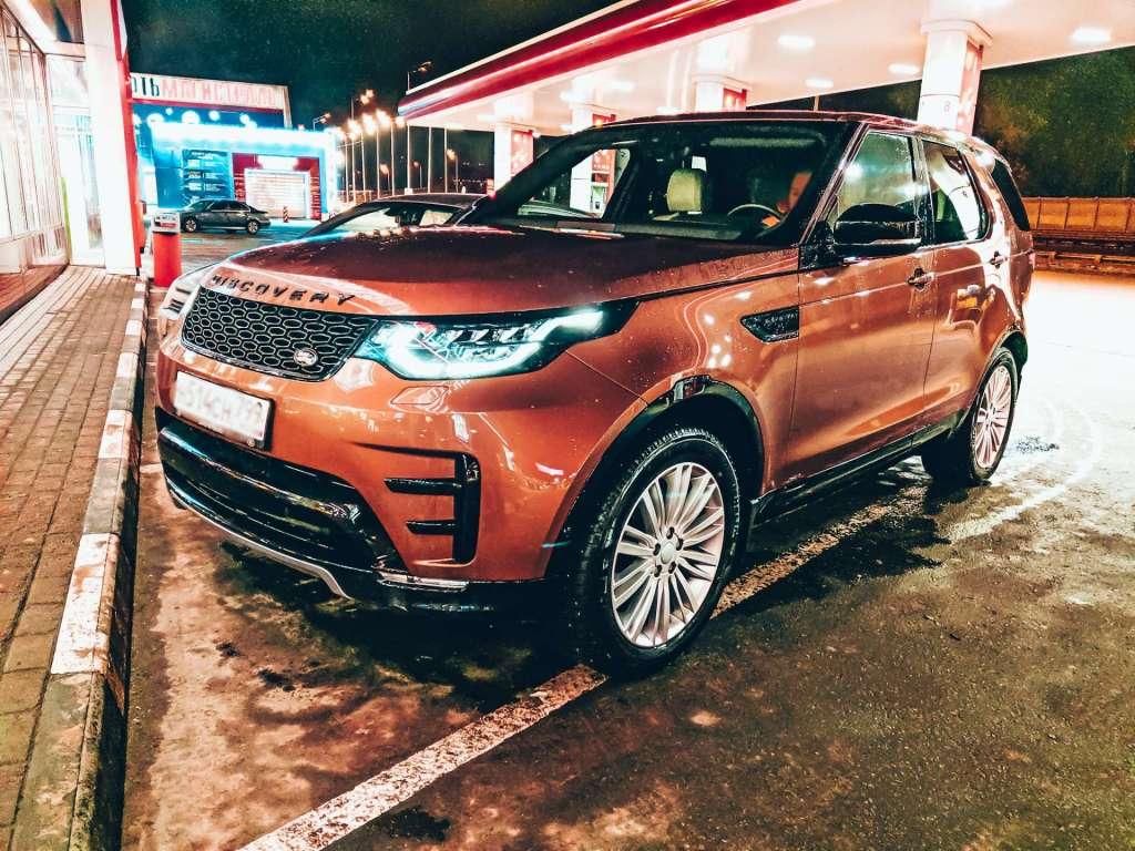 Прямой эфир Григория Сергеева в instagramm Land Rover